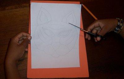 Actividad mascara de tigre en fomy